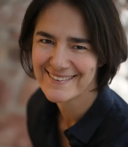 Portrait pain therapist Silke Massmann